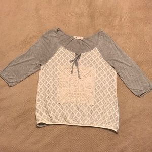 Long sleeve lace design shirt